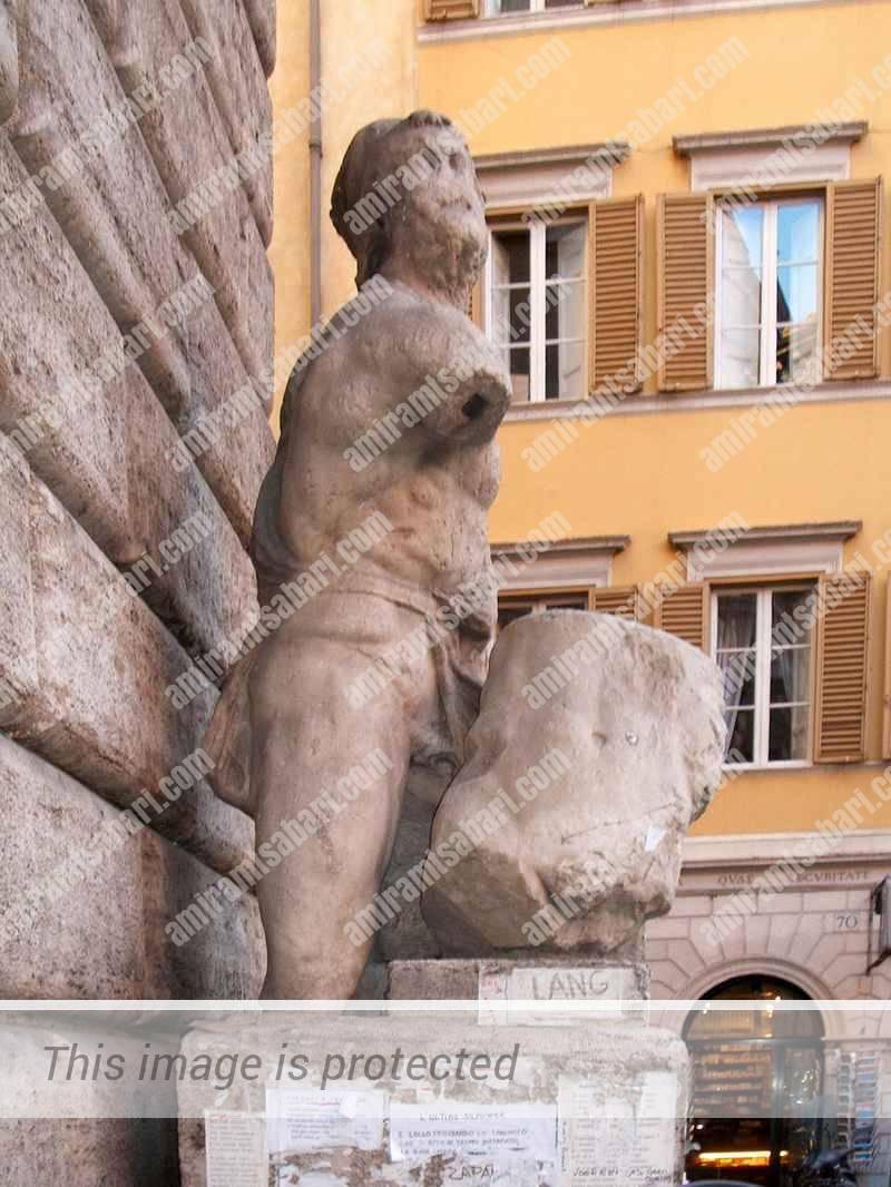 פאסקווינו של רומא, קיבל לכאורה עדכון מאיל גובו על הנעשה בונציה