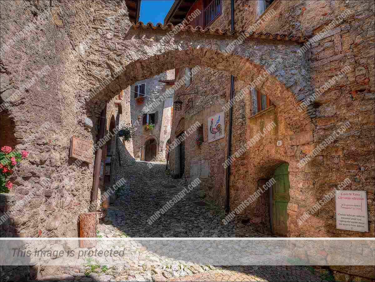 הכפר קנלה ברשימת הכפרים היפים של איטליה.