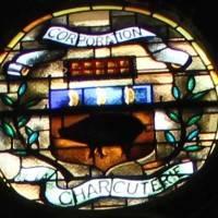 פריז: כנסיית סנט אוסטאש – הומאז' לחזיר על הויטראז'