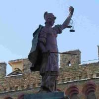 פירנצה: עמוד הצדק של קוזימו דה מדיצ'י